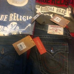 2 jeans and 2 t-shirt  new with tag